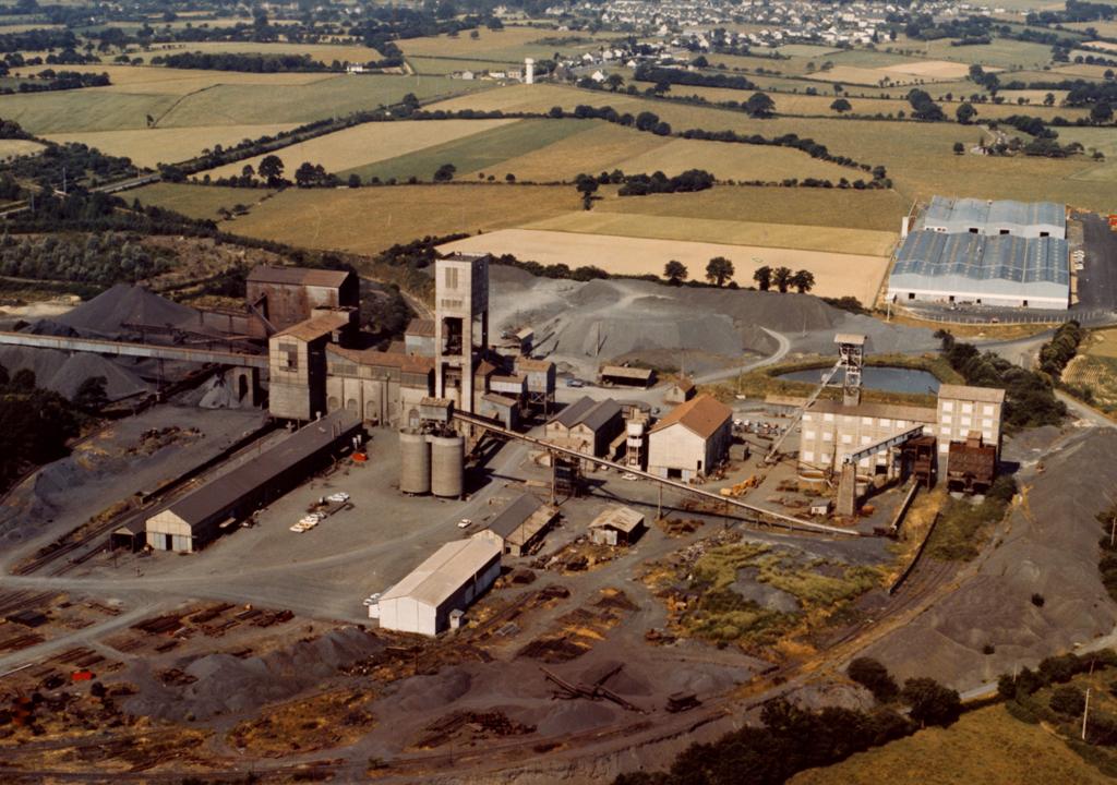 l'exploitation minière dans les années 80 / archive